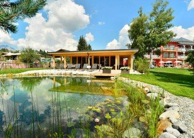 DAS HOTEL EDEN****S - Sauna Aussenansicht mit Biotop Sommerbild