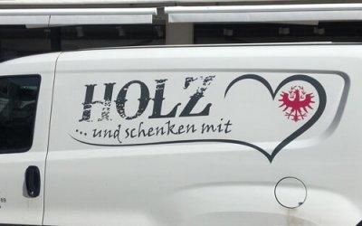 """Firmenpräsentation """"Holz und schenken mit Herz"""""""