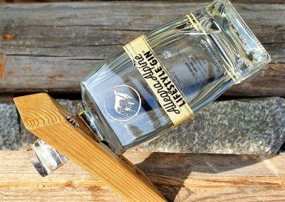 Allegra-Alpine-Lifestyle-Gin