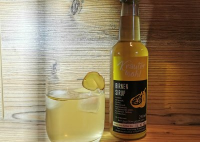 Gin-mit-Birnensirup