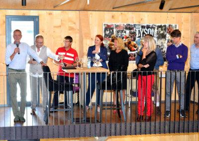 Österreichische Bürgermeister Fußball Nationalmannschaft & FC Landrat Basel-5